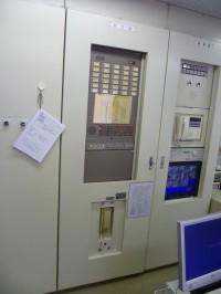 既設防災盤を新型防災盤取付加工1