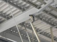 客扱い(乗降)終了合図ブザー新幹線のホームに設置した事例です。