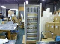 ホーチキ製中継器収容事例です。 60個収容800(W)×2000(H)×250(D)